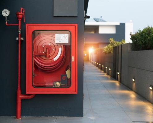 Yangın Dolapları Neden Önemlidir ve Çeşitleri Nelerdir?